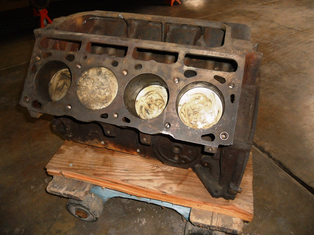 1956-1957 Lincoln engine short block   Larry Camuso's West
